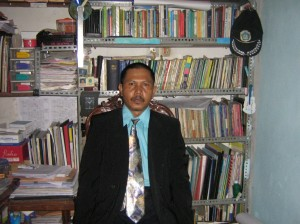 Sujak,M.Pd (Alumni Univ. Negeri Malang Tahun 2002)